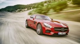 Ngây ngất trước vẻ đẹp của Mercedes-Benz AMG-GT