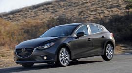 Mazda3 2.5L có thêm phiên bản số sàn