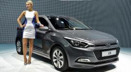 Hyundai i20 2015 trên sân khấu triển lãm Paris