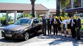Mercedes giao thêm xe E250 cho Palm Garden Resort & Spa