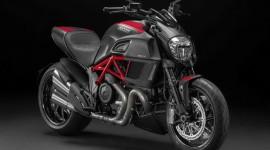 """""""Xế khủng"""" Ducati Diavel 2015 bất ngờ ra mắt tại Việt Nam"""