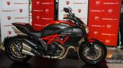 Ducati Diavel 2015 chính thức bán ra tại Việt Nam, giá từ 670 triệu đồng