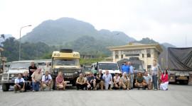 """Ngày 1 hành trình cùng các """"bạn"""" Mercedes G-Class trên đất Việt"""