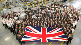 Jaguar Land Rover khánh thành nhà máy sản xuất động cơ mới