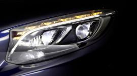 Mercedes-Benz phát triển đèn pha LED thế hệ mới