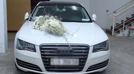 Công Vinh đón dâu bằng xế sang bạc tỷ