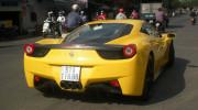 """Thêm siêu xe Ferrari 458 Italita """"Nam tiến"""" tránh rét"""