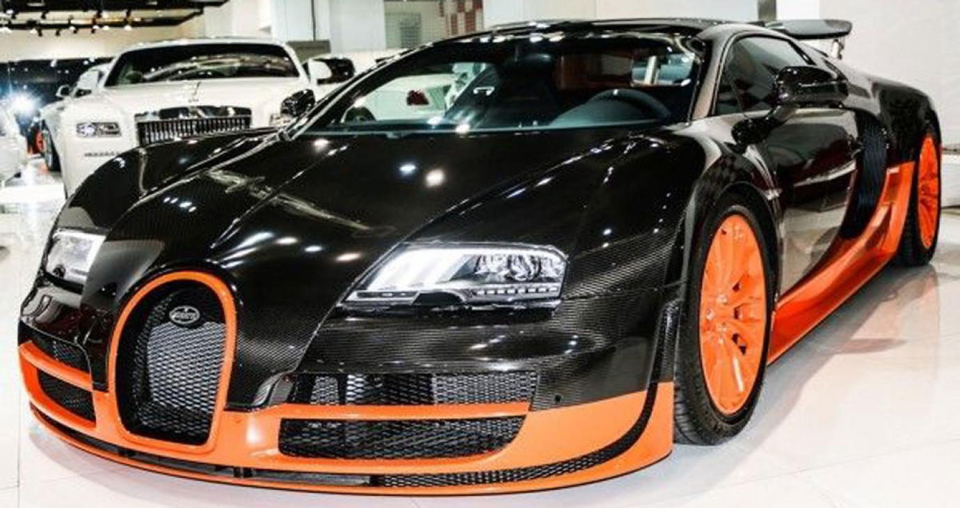 Siêu xe Bugatti Veyron Super Sport và Pagani Huayra bị rao bán tại Dubai
