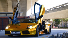 Ngắm Lamborghini Murcielago LP640 mạ chrome vàng tuyệt đẹp