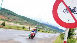 Sẽ tịch thu xe máy đi vào đường cao tốc