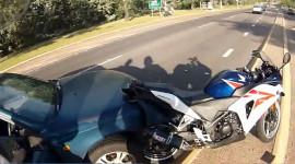 Video: Vụ tai nạn xe thân thiện nhất thế giới