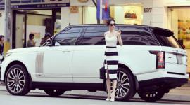 """Những xe sang tiền tỷ của các """"sao"""" nữ Việt"""