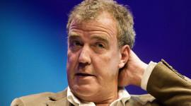 Jeremy Clarkson bị đình chỉ công tác; Top Gear ngừng lên sóng