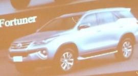 Rò rỉ hình ảnh đầy đủ của Toyota Fortuner 2016