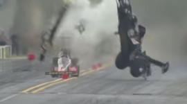 Video: Ôtô gặp nạn ở vận tốc 450 km/h, tài xế vẫn bình an vô sự