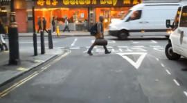 Video: Nhiệm vụ đầy thách thức khi lái xe cứu thương