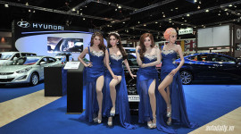 Bóng hồng tại Bangkok Motor Show 2015