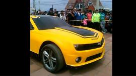 Video: Chevrolet Camaro biến hình như nhân vật Bee trong Transformer