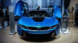 Đắt khách, BMW tăng gấp đôi công suất i8