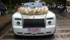 Đại gia Nam Định chơi trội với xe đón dâu 30 tỷ