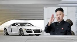 """""""Siêu nhân"""" Kim Jong-un 3 tuổi đã biết lái ôtô"""