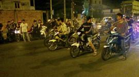 Đua xe máy trái phép, bị phạt bao nhiêu?