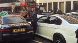 Video: Hai chủ xe BMW trút cơn thịnh nộ giữa thủ đô London