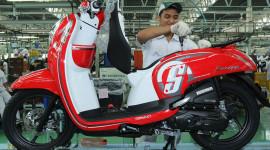 Honda Scoopy ESP – Xe ga thời trang giá 1.250 USD