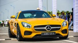 Mãn nhãn với vẻ đẹp của Mercedes AMG GT S tại Hà Nội