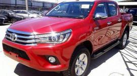 Toyota Hilux 2016 lộ diện hoàn toàn trước ngày ra mắt