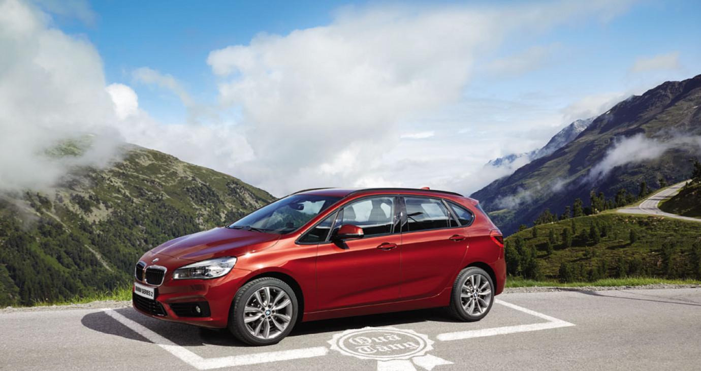 Mua xe BMW và MINI, cơ hội trúng xế hộp tiền tỷ