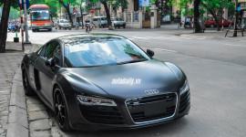 Audi R8 V8 màu đen mờ tuyệt đẹp tại Hà Nội