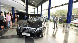 Đua nhau mua ôtô 10 tỷ: Singapore chào thua Việt Nam