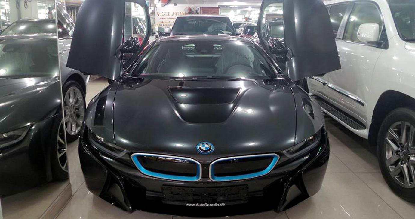 """3 lý do khiến đại gia Việt """"chết mê"""" BMW i8"""