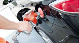"""Xe tiết kiệm xăng: Đừng nghe các hãng ôtô """"chém gió"""""""