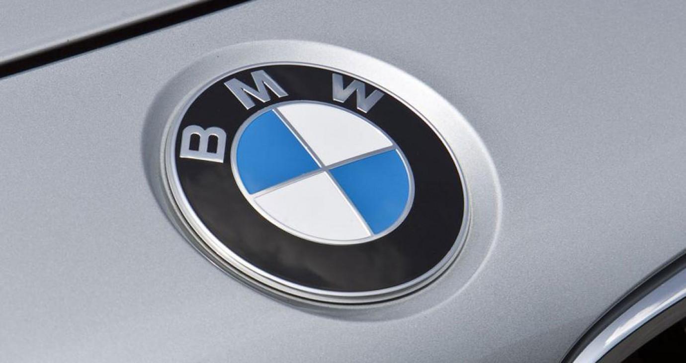 BMW nới rộng khoảng cách với Mercedes trong cuộc đua tại Mỹ