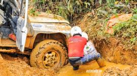Ngày 2 VOC 2015: Tinh thần đồng đội chiến thắng bùn lầy