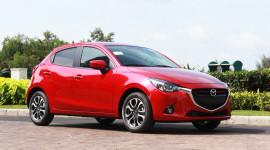 """""""Soi"""" chi tiết Mazda2 mới vừa ra mắt tại Việt Nam"""
