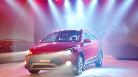 """Vừa """"chào"""" thị trường Việt, Hyundai i20 Active đã đắt khách"""
