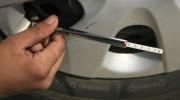Bơm lốp ôtô thế nào cho đúng?