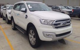 Ford Everest 2015 bất ngờ xuất hiện tại Hải Dương
