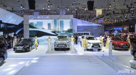 Video: Màn trình diễn ấn tượng của Lexus tại Vietnam Motor Show 2015
