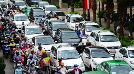 Giá rẻ, ôtô nhiều: Đường đâu mà đi?