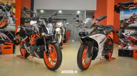 KTM giới thiệu cặp đôi RC250 và 250 Duke tại Việt Nam