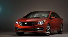 Hyundai Sonata Sport Value Edition có giá từ 24.350 USD