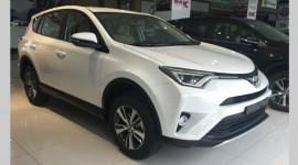 Toyota RAV4 2016 đầu tiền về Việt Nam giá gần 1,8 tỷ đồng