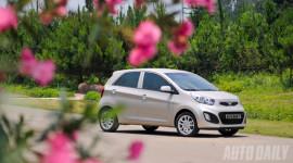 Bảng giá xe Kia, Peugeot và MINI tháng 4/2018