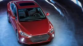 Hyundai Elantra 2017 có giá từ 17.150 USD