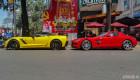 Cặp siêu xe mới ra biển rực rỡ trên phố Sài Gòn