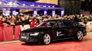 Audi A8 L W12 tự lái trên thảm đỏ